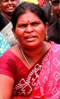 আরেক গ্রেপ্তার নেত্রী সুন্দরী, ছবি ডায়ানিউক ওয়েবসাইট থেকে