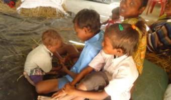 আসামে জাতিদাঙ্গার শিকার এবার সাঁওতালরাঃ মধ্য হলদিবাড়ি শরণার্থী শিবির ঘুরে